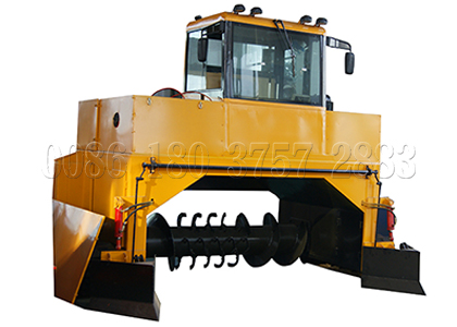 Crawler type compost turner for composting poultry manure